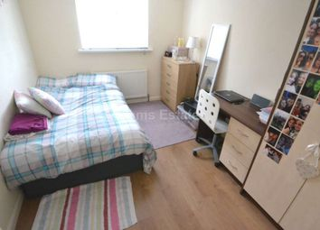 Thumbnail 7 bed terraced house to rent in Northcourt Avenue, Reading