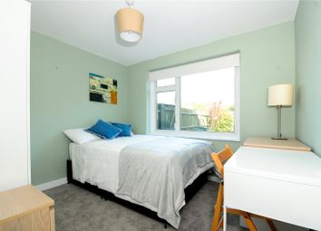 Thumbnail Room to rent in Hubberholme, Bracknell, Berkshire