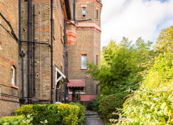 4 bed maisonette to rent in Lyndhurst Road, Hampstead NW3