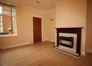 Thumbnail 2 bed flat to rent in Iona Road, Gateshead