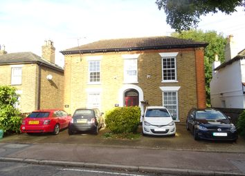 Thumbnail 2 bedroom maisonette to rent in Crescent Road, Brentwood
