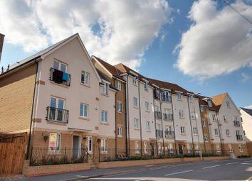 2 Bedrooms Flat to rent in Regent's Court, South Street, Bishops Stortford, Herts CM23