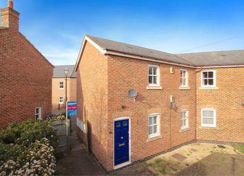 Thumbnail 2 bed flat to rent in Pine Street, Aylesbury, Buckinghamshire