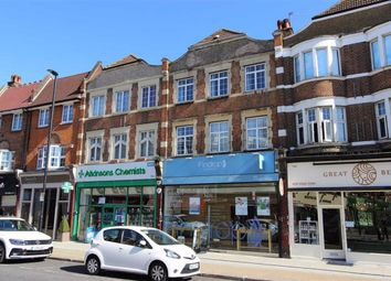 2 bed flat for sale in Queens Avenue, Winchmore Hill, London N21