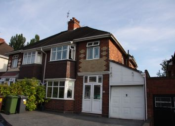 3 bed semi-detached house to rent in Goldthorn Crescent, Penn, Wolverhampton WV4