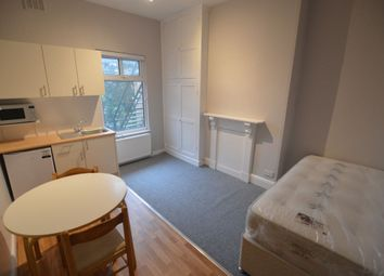 Thumbnail Room to rent in Malvern Road, Stoneygate