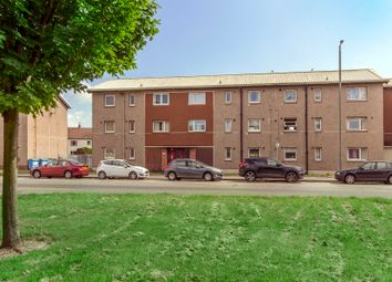 Thumbnail 2 bed flat for sale in 60 Kingseat Avenue, Grangemouth