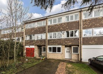 5 bed property to rent in Elmcroft Close, Eaton Rise, London W5