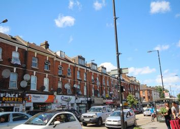 Thumbnail Studio to rent in Green Lanes, Finsbury Park