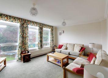 Thumbnail 4 bedroom town house for sale in Trowbridge Gardens, Luton