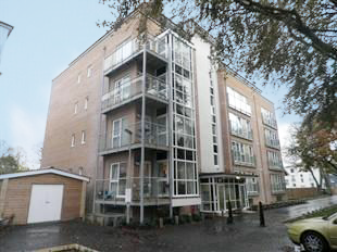 Thumbnail 1 bed flat for sale in Suttones Place, Southampton, Hampshire