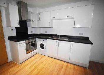 Thumbnail 1 bed flat to rent in Wella Road, Basingstoke