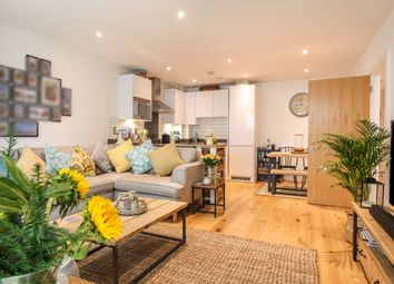 Hoy Street, London E16. 3 bed flat