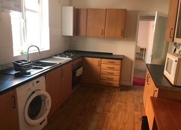Thumbnail 5 bed shared accommodation to rent in Avon Street, Leicester