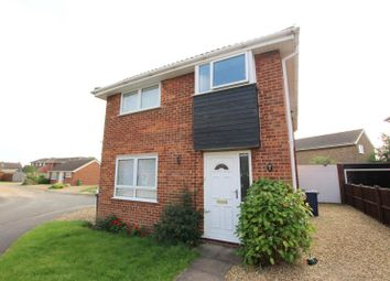 Thumbnail 4 bedroom detached house to rent in Kingfisher Close, Yaxley, Peterborough