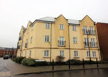Thumbnail 2 bedroom flat for sale in Birkdale Close, Swindon
