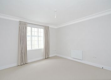 Thumbnail 1 bed flat to rent in Blenheim House, 180 Kings Road, London