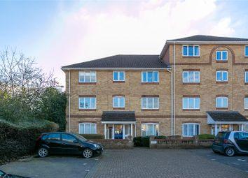 Thumbnail 2 bed flat for sale in Swan Mead, Hemel Hempstead, Hertfordshire