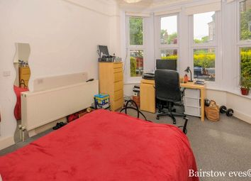 Thumbnail 2 bedroom flat to rent in Ash Grove, London