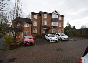 Thumbnail 2 bed flat to rent in Rosamund Close, South Croydon