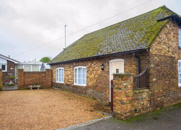 Thumbnail 2 bed cottage to rent in Dover Road, Sandwich