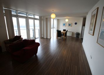 Thumbnail 3 bedroom flat to rent in Grimsby Grove, London