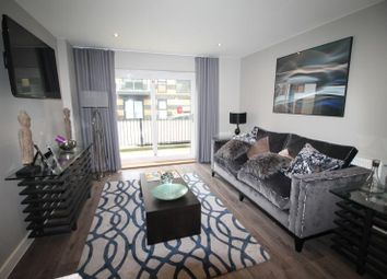 Crown Drive, Romford RM7. 2 bed flat