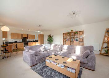 Enborne Road, Newbury RG14. 3 bed flat for sale
