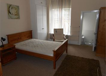 Room to rent in St James Gardens, Uplands, Swansea SA1