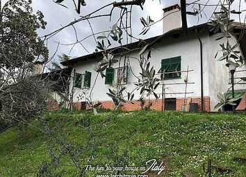 Thumbnail 4 bed detached house for sale in 54011 Aulla, Province Of Massa And Carrara, Italy