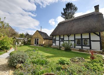 Thumbnail 2 bed cottage for sale in Weathervane Cottage, Vicarage Lane, Childswickham, Broadway, Worcestershire