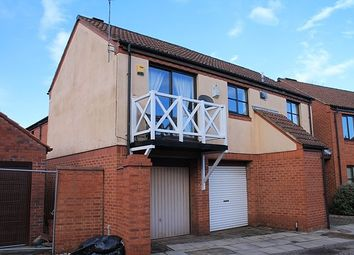 Thumbnail 1 bed flat to rent in Admirals Croft, Hull