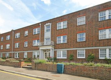 Thumbnail 2 bed flat to rent in Home Park Walk, Kingston Upon Thames