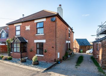 Glen Road, Sarisbury Green SO31. 3 bed semi-detached house for sale
