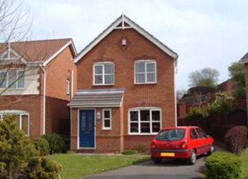 3 bed detached house to rent in Maplewood Close, Royton, Oldham OL2
