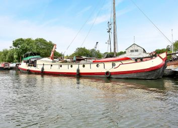 Thumbnail 2 bed houseboat for sale in Station Road, Cuxton