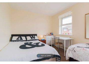 Room to rent in Cow Leaze, London E6