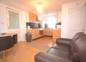 Thumbnail 3 bed flat to rent in Liverpool Road, Earley, Reading