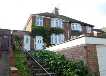 Thumbnail 1 bed property to rent in Oxford Road, Tilehurst, Reading, Berkshire
