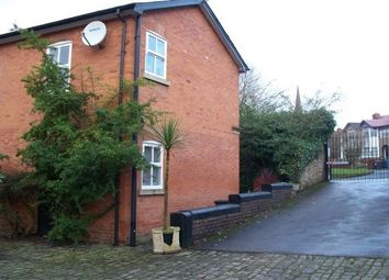 3 bed property to rent in The Courtyard, Salford M7