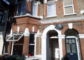 3 bed flat for sale in Colchester Road, London E10