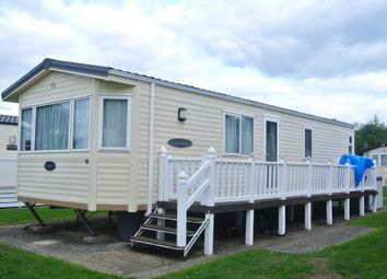 Thumbnail 2 bed mobile/park home for sale in Hobourn Park, Hobourn Lane, Christchurch, Dorset