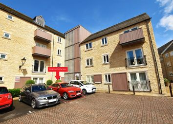 Thumbnail 2 bed flat to rent in Riverside Place, Stamford