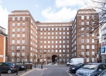 Thumbnail Studio to rent in Swan Court, Chelsea Manor Street, Chelsea