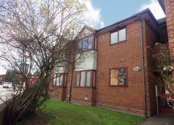Thumbnail 1 bed flat to rent in High Street, Aylesbury, Buckinghamshire