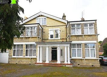Thumbnail 3 bed flat to rent in Oakleigh Park North, Whetstone, London