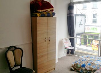 Thumbnail Room to rent in Hoe Street, London