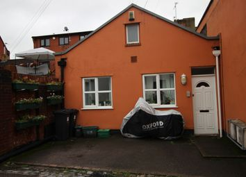 Thumbnail 2 bed flat to rent in Lower Chapel Road, Hanham