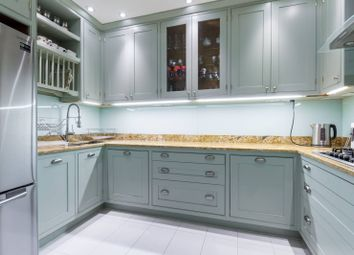 3 bed flat for sale in Beckford Close, Kensington, London W14