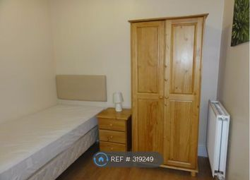 Thumbnail Room to rent in Dover Road, Burton-On-Trent